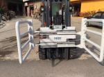 Forklift foam fubber clamps