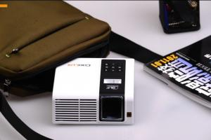 China Brightest DC 12V Auto - keystone mini DLP pocket projector with SD card port(support 100G) on sale