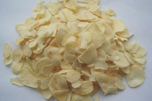 China DRIED GARLIC FLAKES GRADE A on sale