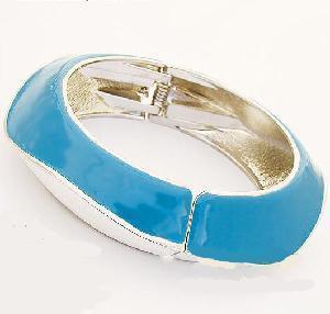 China Fashion Sterling Silver Jewelry Bangle/Bracelet (SRJ-005) on sale