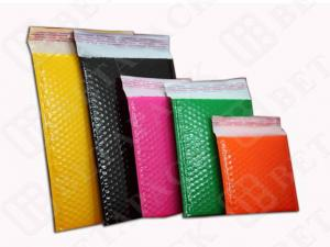 China Colored Mailing Pouches Shipping Envelopes With Bubble Wrap on sale