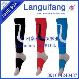 China 100 Cotton Athletic Football Socks Knee High Sport Socks on sale