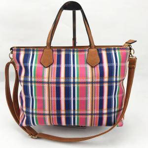 China Durable Ladies Canvas Travel Bag Personalized Classic Leisure Style For Business Trip on sale