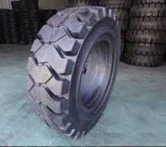 China 8.25-16 Solid Forklift Tires GB/T10824-2008 792x204mm Size Shihua Brand on sale