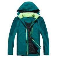 Functional Winter Outerwear Women , Oil Proof Travel Jackets For Men