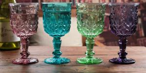 China Height 16.5cm Crystal Solid Coloured Wine Glasses / Purple Champagne Glass Cups on sale