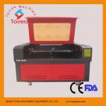 Doudle dirige la découpeuse acrylique TIE-1610-2 de laser