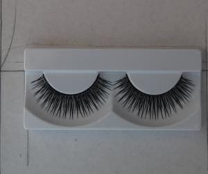 China Natural Human Hair Cross False Strip Eyelashes / Strip Lash Semi Permanent on sale