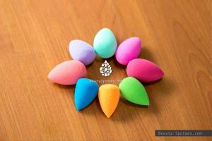 China Professional Droplet Mini Beauty Sponge Colourful Flawless Makeup Puff on sale