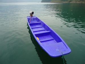 China China  PE boat 1year Warranty OEM 6M Blue Play Plastic Fishing Boat with motor made by rotomoulded on sale