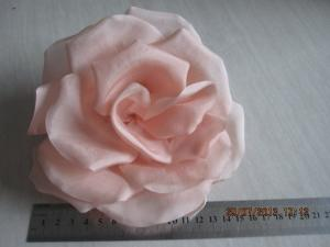 China Beautiful Elegant Artificial Pink Silk Flower Headpieces Carnival , Christmas on sale