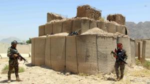 China Mil Gabion Mesh Hesco Sandbags Fence Bastion BarrierFill Wall Army Protection on sale