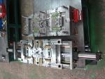 Padrão plástico da modelagem por injeção LKM do corredor quente de Moldmaster com 4 elevadores