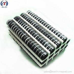 China Ímãs de anel pequenos de NdFeB com o revestimento preto da cola Epoxy on sale