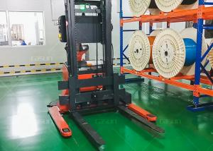 China Auto Charging Laser Guided Forklifts With Laser Obstacle Sensor 2.9m Lifting on sale