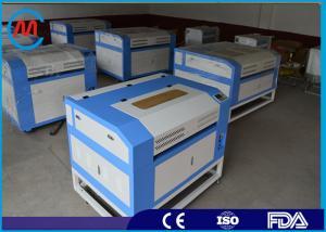China 80W二酸化炭素レーザーの彫版の打抜き機の彫刻家、小さいレーザーの切断および彫版装置 on sale