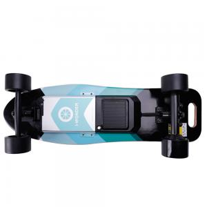China SK-E1 Smart Boosted Electric Longboard , Remote Control Skateboard For Christmas Gift on sale