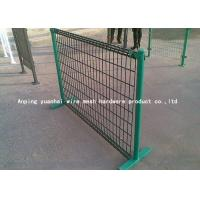 China Pvc Coated Wire Mesh Fencing Grid Structure Concise For Swine Enclosure Fence on sale