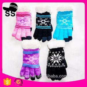 China 2017Yiwu new product 90%Acrylic 5%Spandex 5%Conductive fiber Winter Knitting touch screen gloves 20*11.5cm 53g Jacquard on sale
