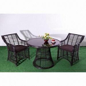China Muebles del hotel, tabla redonda y sillas, productos verdes de mimbre, el tejer excelente de la rota de la mano on sale