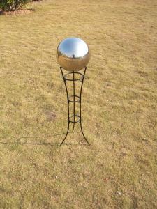 China Sandblasting  design Crystal Polyresin semitransparent crtstal Gazing Ball Stands    on sale