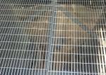 Hot Dipped Galvanized Platform Steel Grating Low Carbon Steel Metal Grate Flooring