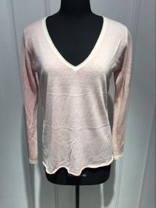 China Long Sleeve Deep V Neck Cashmere Sweater For Adults 2/60 Yarn Count on sale