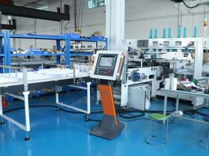 China CE 9 Rolls Tissue Paper Roll Making Machine , 50mic Wrapping Roll Machine on sale