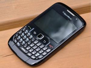 China Original 8520 Unlocked Blackberry Curve 8520 Mobile Phone with Wifi Bluetooth on sale