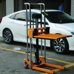Light Weight Manual Forklift Stacker 400kg 850mm Built In Overload Value