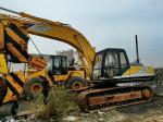 販売のためのクローラー掘削機は日本からの掘削機を使用しましたkobelcoの掘削機sk03 sk07 sk200を使用しました