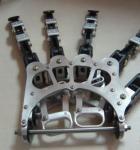 カスタマイズされた冷たいランナーのアルミニウム+アセタール精密部品CNCの機械化の部品