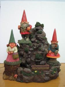 China Polyresin small Funny Garden Gnomes sets for garden decoration on sale