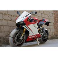 """Four stroke 1199cc high powered motorcycles Ducati style with 90° """"L"""" twin cylinder"""