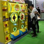 China Factory Hot Sale Capsule Gahapon Toy Vending Gift Game Machine For Sale