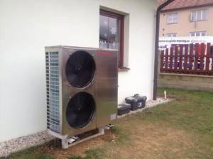 China Air Source Chiller Air To Water Heat Pump , EVI Air Source Heat Pump 18kw WIFI Control on sale