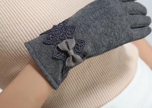 China Ladies customized women's fashion micro velvet fabric gloves for iphone screens supplier