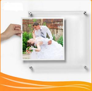 China Manufacturer Supplies wall-mounted Crystal Acrylic picture Frame on sale