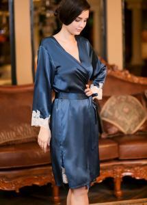 China pure silk bathrobe on sale