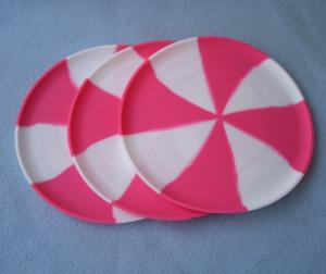 China Soft / flexible silicone frisbee , harmless pet toys and children Custom Silicone Products on sale