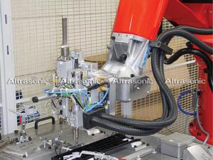China High Frequency 800W Automobile Ultrasonic Riveting Welding Machine AC220V±10V on sale