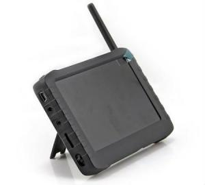 China HD Wireless Mini 2.4 Ghz Wireless Dvr Receiver 5inch TFT LCD FPV Monitor Support 32G SD Card on sale