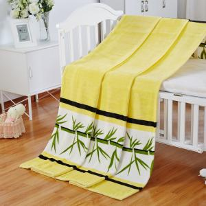 China 100% Polyester Flannel Print Blanket For Travel / Picnic / Hotel With Soft Handle Feeling on sale