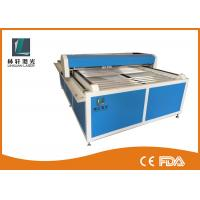 Flat Bed Glass Tube CO2 Laser Engraving Cutting Machine For Wooden Arts / Crafts