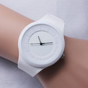 China Hot sell new products for 2014 silicone strap watch sport watches for teenage on sale