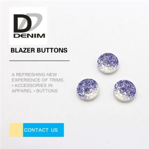 China 3D Fashion Button • Plastic Buttons • Clothing Buttons • Sewing Buttons • 4 / 2 Holes Resin Buttons on sale