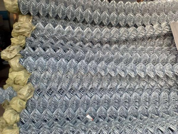 65mm x 65mm x 4.00mm black pvc coated chain wire fence for sale for ...