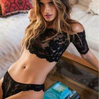 Sexy Lingerie Wholesale Sexy lingerie hot black lace perspective bra+ thongs lingerie set Micro Bikini Word shoulder len