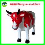 adaptez le modèle aux besoins du client coloré de vache à statue animale de fibre de verre de taille comme statue de décoration dans le jardin /square/mail de magasin