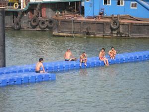 Quality HDPE pontoon for Aquaculture & Fish Farming for sale